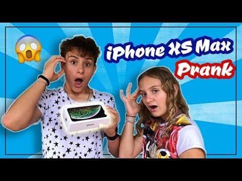 MI HANNO REGALATO un IPHONE XS MAX 😱*PRANK*