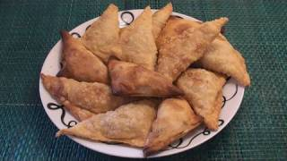 how to fold samosa pockets