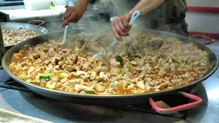 Preparing Malaysian Curry Chicken. London Street Food