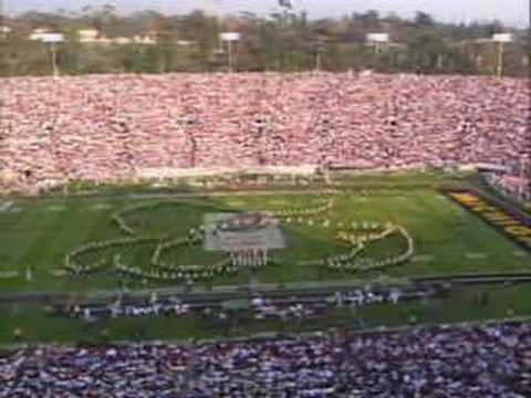 Michigan Marching Band Plays El Toro Caliente