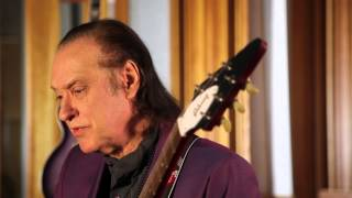 Dave Davies of The Kinks recently spent a few days here at the NYC ...