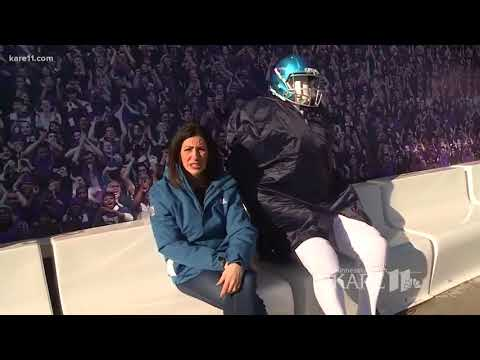 Rena gives Super Bowl tour on Nicollet Mall