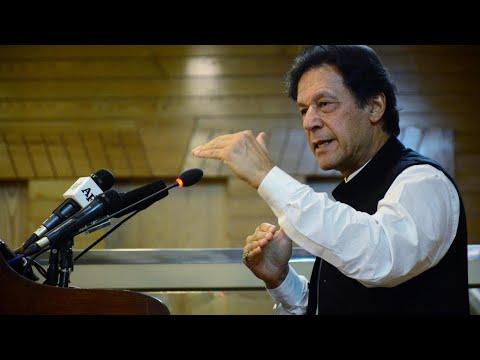رئيس الوزراء الباكستاني يطالب الغرب بتجريم إهانة النبي محمد أسوة بالإساءة إلى المحرقة اليهودية  - 11:59-2021 / 4 / 18