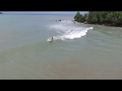 Swell de nord à Cluny (Guadeloupe) - Surf et Bodyboard