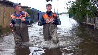 Более десяти тысяч человек находятся в зоне сильнейшего паводка в Приморье.