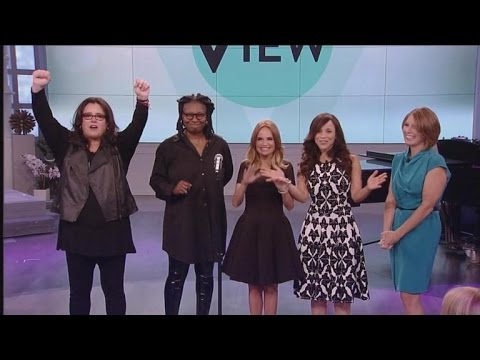 Rosie O'Donnell Returns to 'The View' Sans Shoes