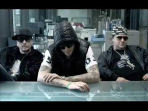Club Dogo - Gunz From Italy (feat. Kool G Rap)