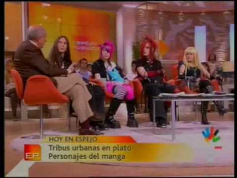 Otakus en espejo publico parte 1 youtube for Antena 3 espejo publico hoy