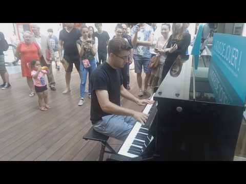 Kyle Landry - Full Version Play Me I'm Yours - Paris Saint Lazare 2016/07/26
