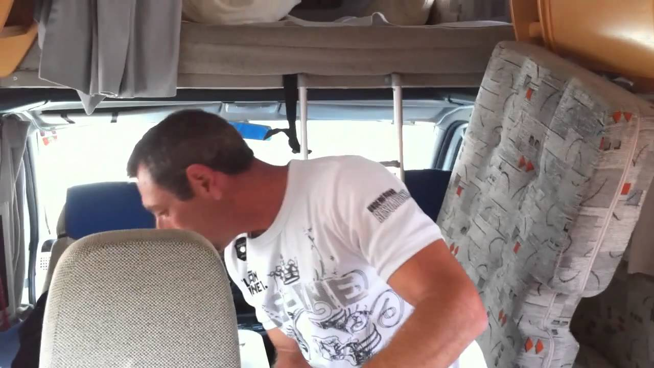 hubert et son camping car la panne en moins youtube. Black Bedroom Furniture Sets. Home Design Ideas