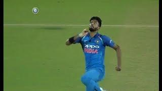 Khaleel Ahmed@# Raising star of Indian cricket# bowling