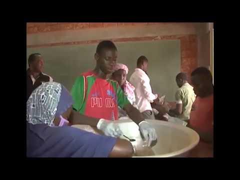 Formation et insertion professionnelle des jeunes: Cas d'école à Koutoura et Hoggo Samboweel