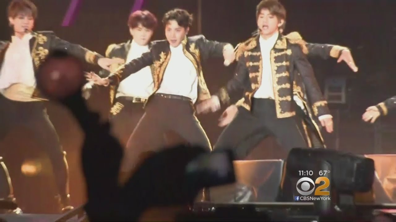 BTS Fans Thrill To See Band Make U S  Stadium Debut