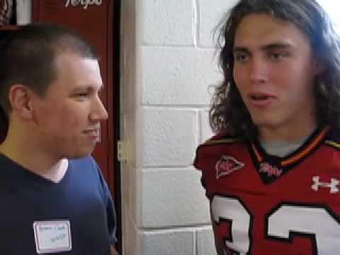 Terps LB Alex Wujciak chats with Glenn