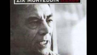ZIA MOHYEDDIN - Guman Ka Mumkin . Noon Meem Rashid.wmv