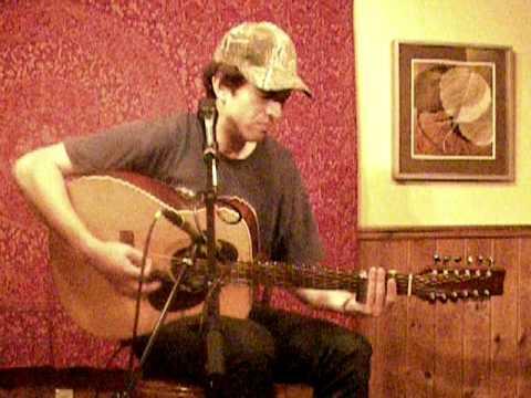 David Jacob-Strain performing