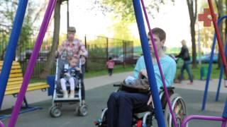 Один день мамы двух детей-инвалидов: ключ к выживанию(Ребенок-инвалид - это трудно и вдвойне трудно, если таких детей в семье двое. Мы провели день с их мамой, спро..., 2014-06-24T12:39:35.000Z)