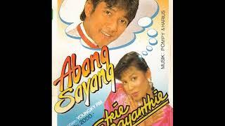Gambar cover JAMAL MIRDAD & ETRIE JAYANTHIE THE BEST ALBUM (TEMBANG LAWAS INDONESIA)