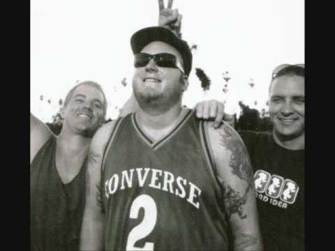 Sublime - DJ's (Live) - Stand by Your van