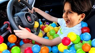 Ball pool in car ! We are in the Car, Wheels On The Bus Song Nursery Rhymes & Kids Songs