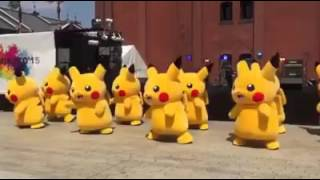 Pikachu Dance.