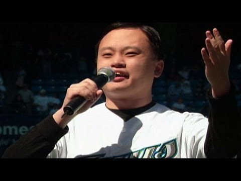 Hung sings 'Take Me Out To The Ballgame'