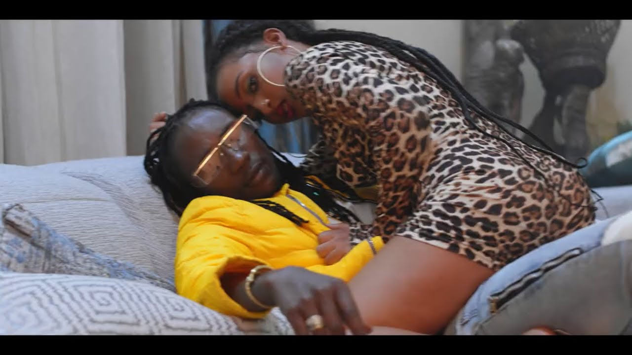 Download Ziza Bafana ft Pallaso - Mpeke (Official Video)