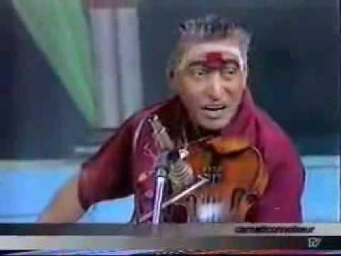 Kunnakkudi Vaidyanathan-Violin- Film Song-Mannil Intha Kaathal-Keladi Kanmani -Courtesy Pothigai TV