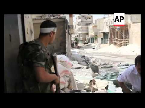 Free Syrian Army Fighters Battle With Govt Soldiers In Streets Of Aleppo