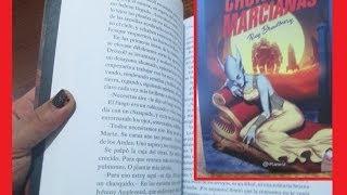 Crónicas marcianas, escrito por Ray Bradbury.