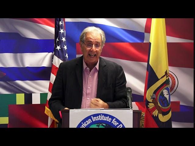 Rodrigo Arboleda - FORO: Persecución política contra el ex presidente Álvaro Uribe Vélez