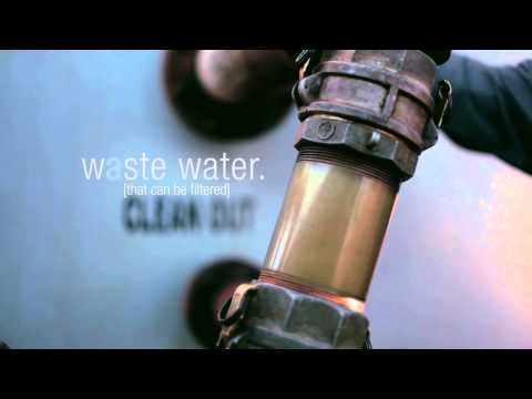 Resirkulere mobile oil field water filtration system.