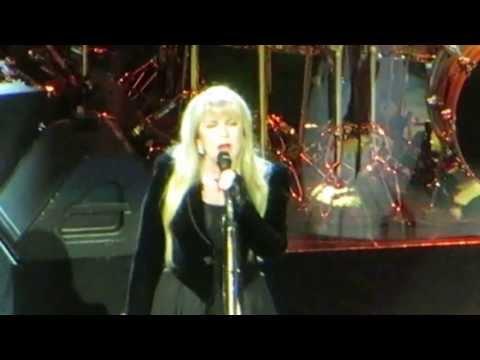 Second Hand News - Fleetwood Mac @ Verizon Center DC 2013