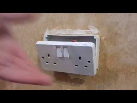 Wall socket removal