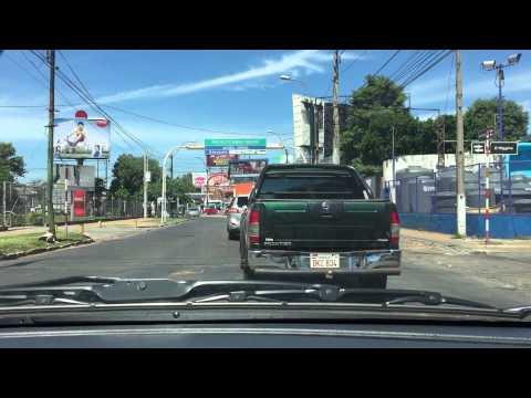 Conduciendo en Asunción / Driving in Asunción, Py