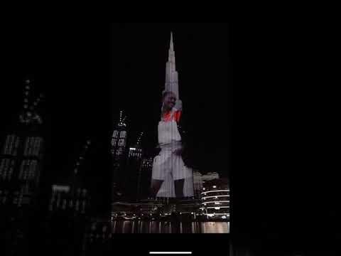 H&M sustainability message on Dubai's Burj Khalifa