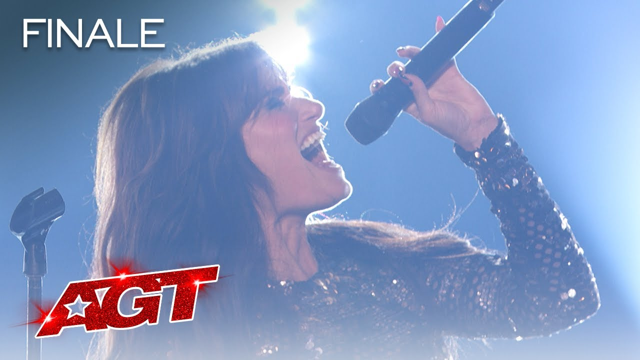 """Download Idina Menzel Performs """"Dream Girl"""" on AGT - America's Got Talent 2021"""