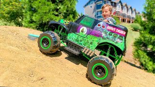 Elias Ride on Grave Digger Monster Truck Toy for Kids
