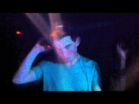 Hardwell ZoukKL - Internet Friends (Original Mix) and Maximal Crazy (Original Mix) (11.02.2012)