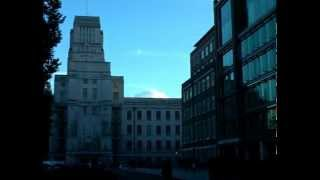 [Earth and Planetary Sciences] Using a compass outside Birkbeck (Part III)