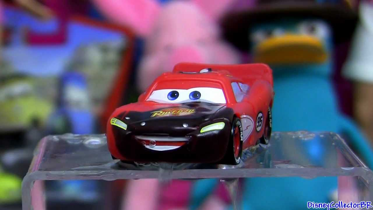 Color Changers cars Lightning Mcqueen Change Color From Black to Red ...