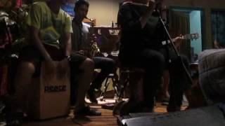 Flashlight by Jessie J ( LIVE Acoustik cover by Ariani ) @Cafeku pemalang