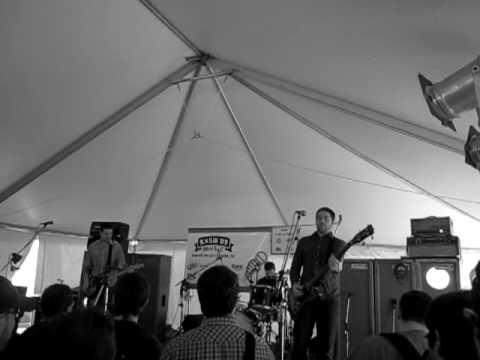 YOUNG WIDOWS - SXSW