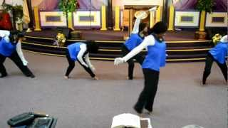Shekinah Glory Yes Praise Dance (DDD of CLBC)
