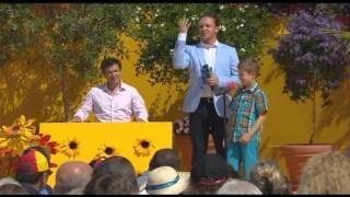 """Jannik Barth in """"Immer wieder Sonntags - Das Rote Mikrofon"""" auf ARD"""