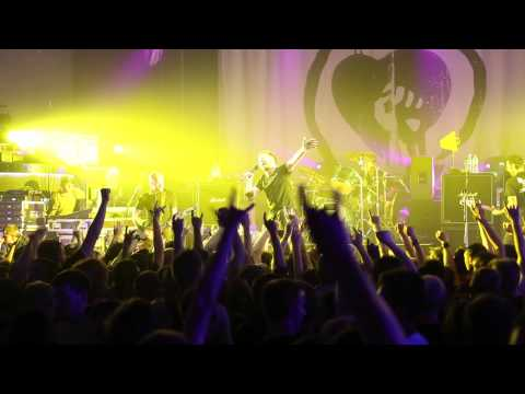 Rise Against  - Collapse (Post-Amerika) (live in Minsk, 01-07-15)