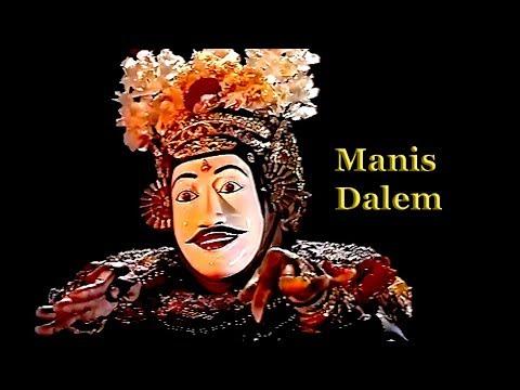 Balinese mask dance – Tari Topeng Manis Dalem (refined king)