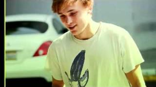 William Moseley - Talking To The Moon Thumbnail