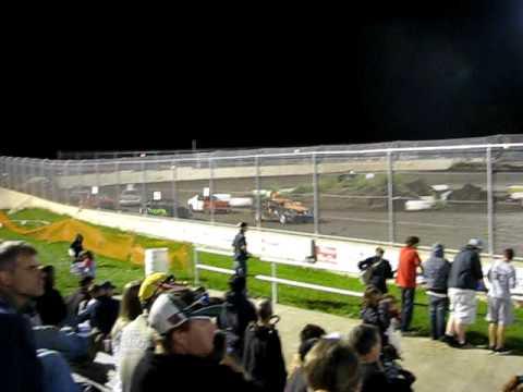 fwd feature race at warren county speedway 8-29-09