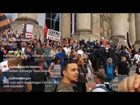 Historische Szene vor dem Reichstag am 29.08.2020 #Polizeigewalt #Reichstag #b2908